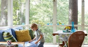 Let's Get Comfortable: Outdoor Rooms