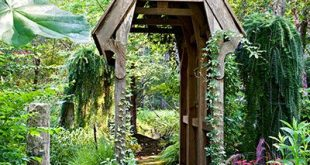 Into the Woods for a Lot Turned into Magical Garden Rooms