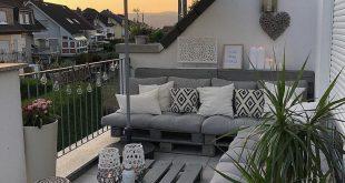 Balkon Inspiration. #Repost @deko_lovee ・ ・ #patiolife #outdoorfurniture #homedecorideas
