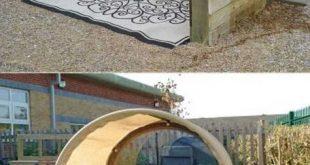 Diese Struktur bietet einen Bereich außerhalb vor Sonne und Nieselregen geschü...