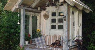 Pavillon aus altem Holz Kellerfunden und alt